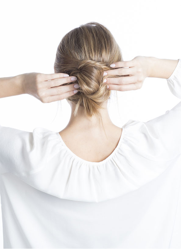 Day 3 - Knotted Up-Do | Step 3: Twist